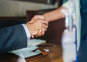 two people handshaking
